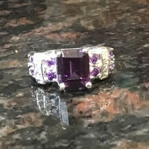 Jewelry - 925 amethyst and white zirconia ring